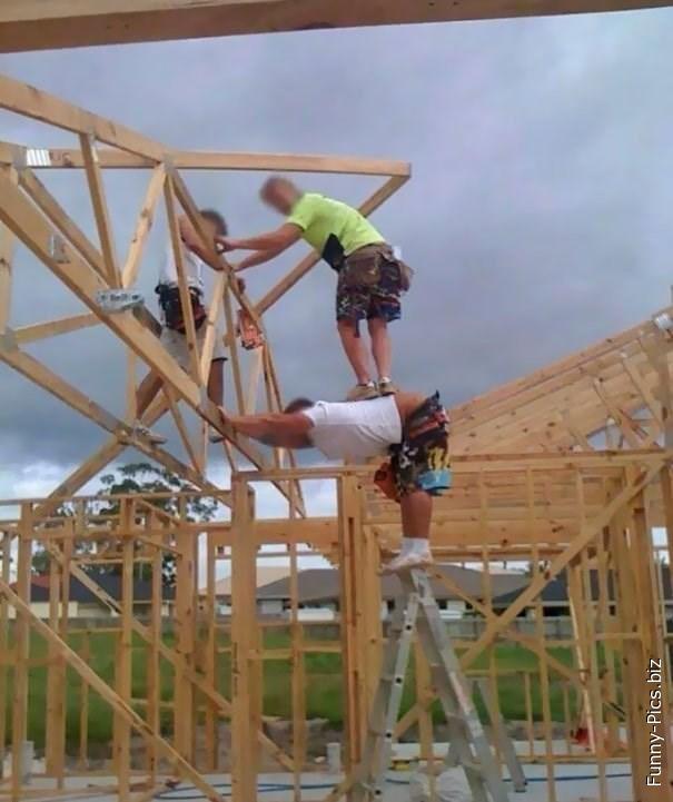 Acrobatic Builders
