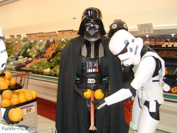 Darth Fener at Supermarket