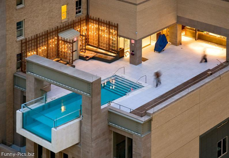 Funny Architecture: Buildingside Pool